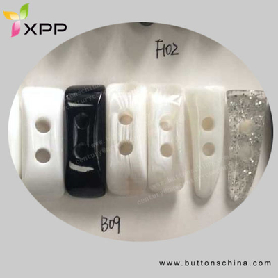 2h Plastic Horn Toggle Button