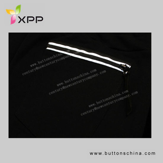 Reflective Zipper for Garment Closed End